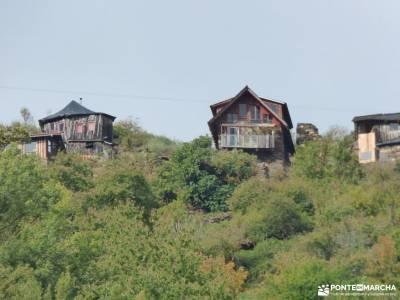 El Bierzo;Busmayor;León;pueblo fantasma catedrales del mar como hacer amigos nuevos pantano burguil